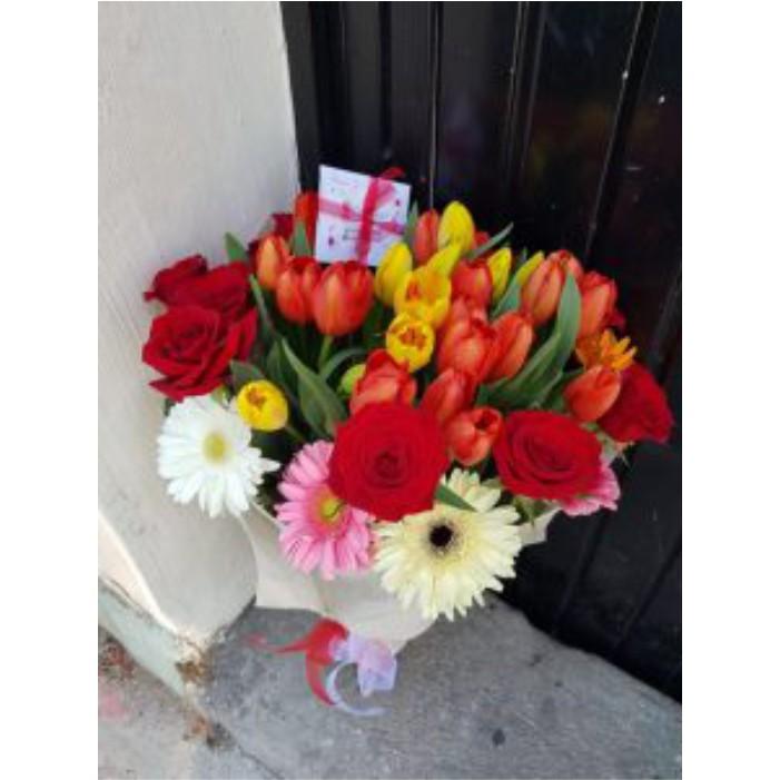 Ramo de Tulipanes Gerberas Rosas