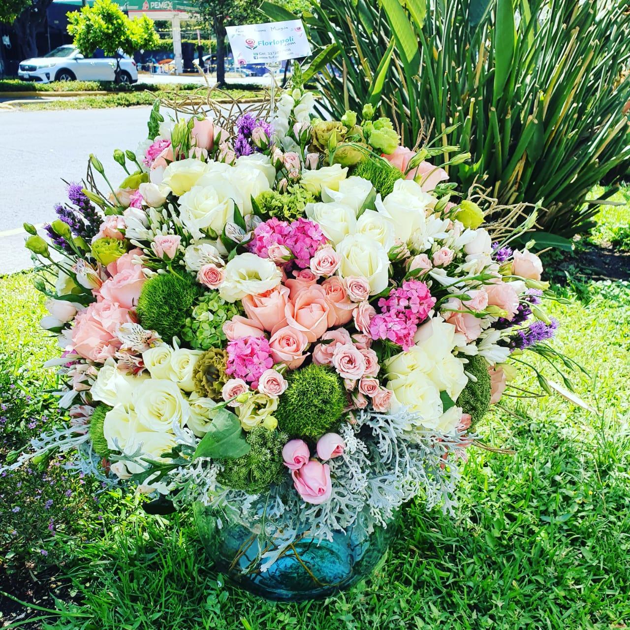 Esfera Grande de Flores Finas