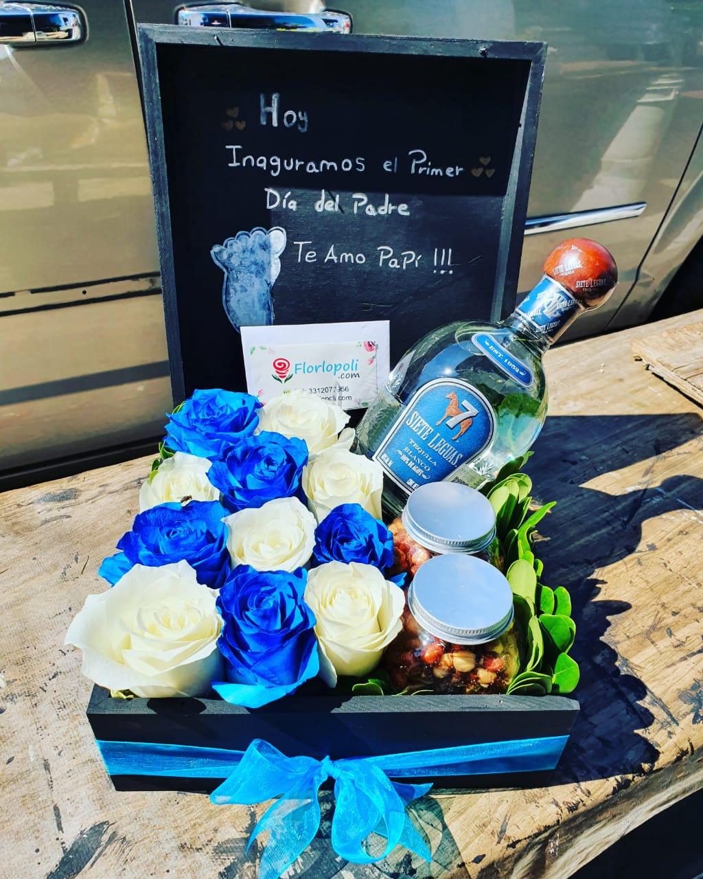 Caja de rosas, botana y botella