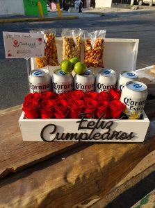 Caja de Rosas Rojas Y Cervezas