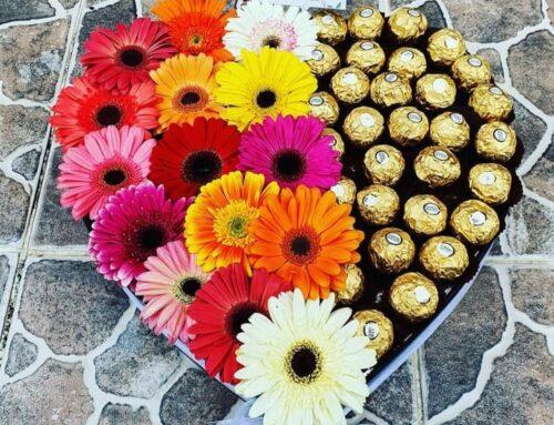 Corazon de gerberas y chocolates