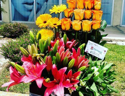 Diseño floral con rosas, lilis, gerberas y astromelia