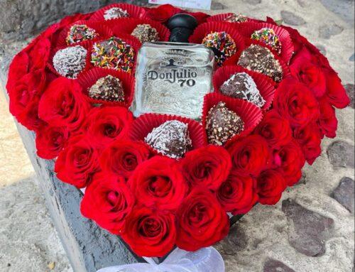 Corazon de Rosas Rojas Fresas y Tequila.