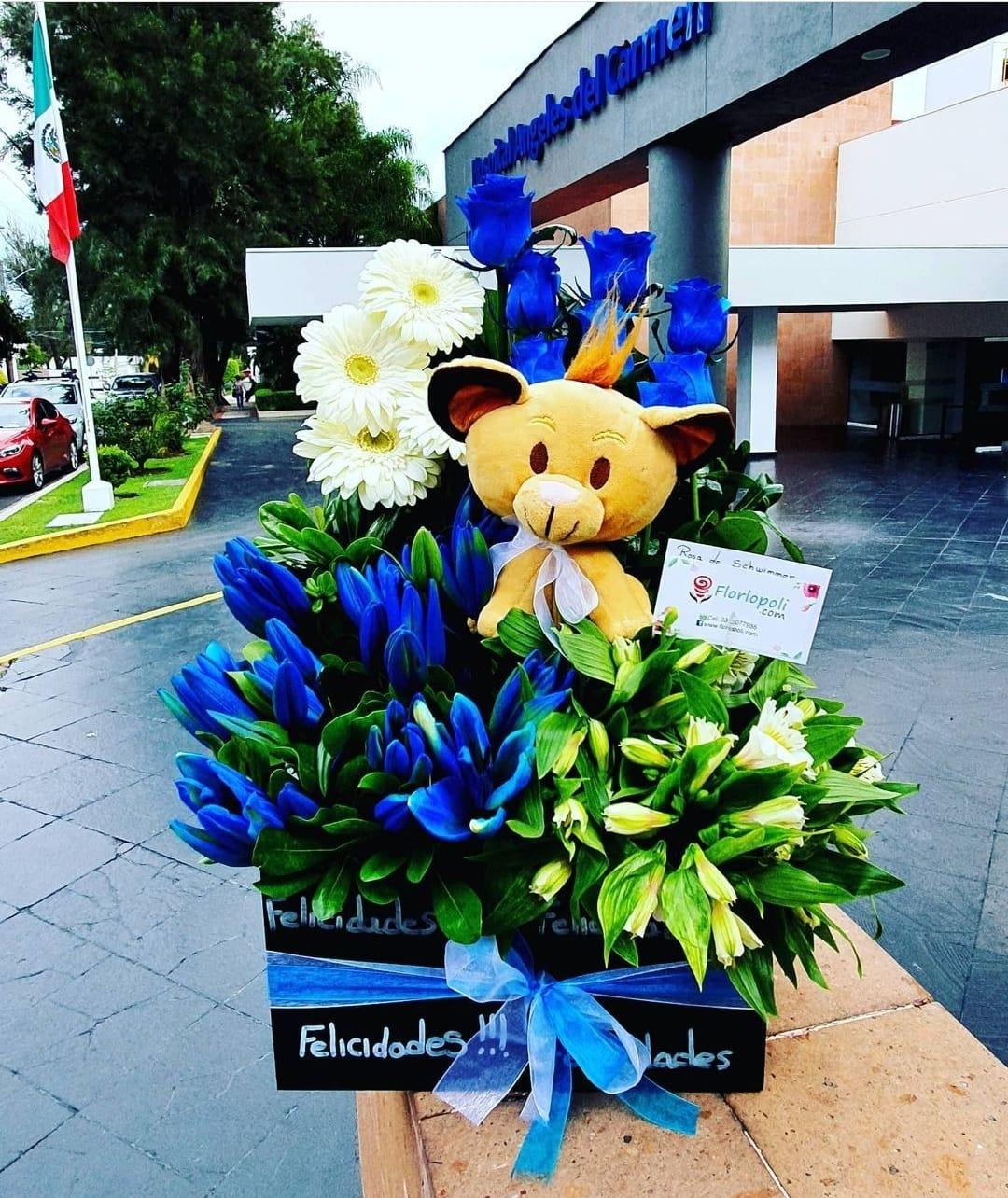 Arreglo de Flores Azules